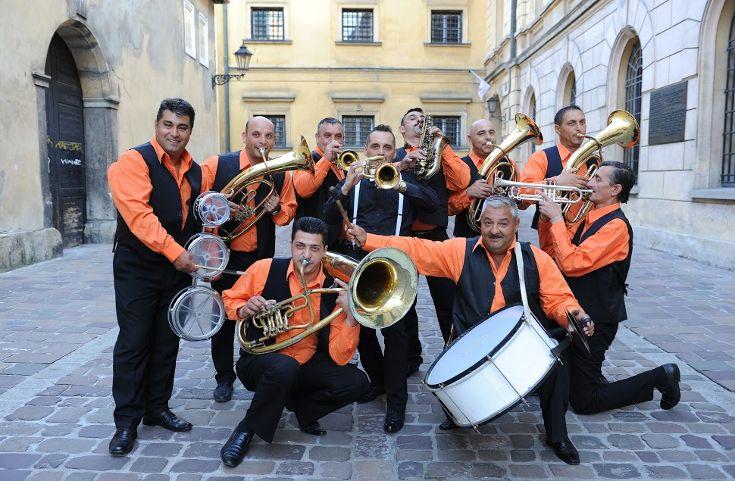 Fanfara Transylvania – jedna z najbardziej znanych bałkańskich orkiestr dętych powraca do Wrocławia!
