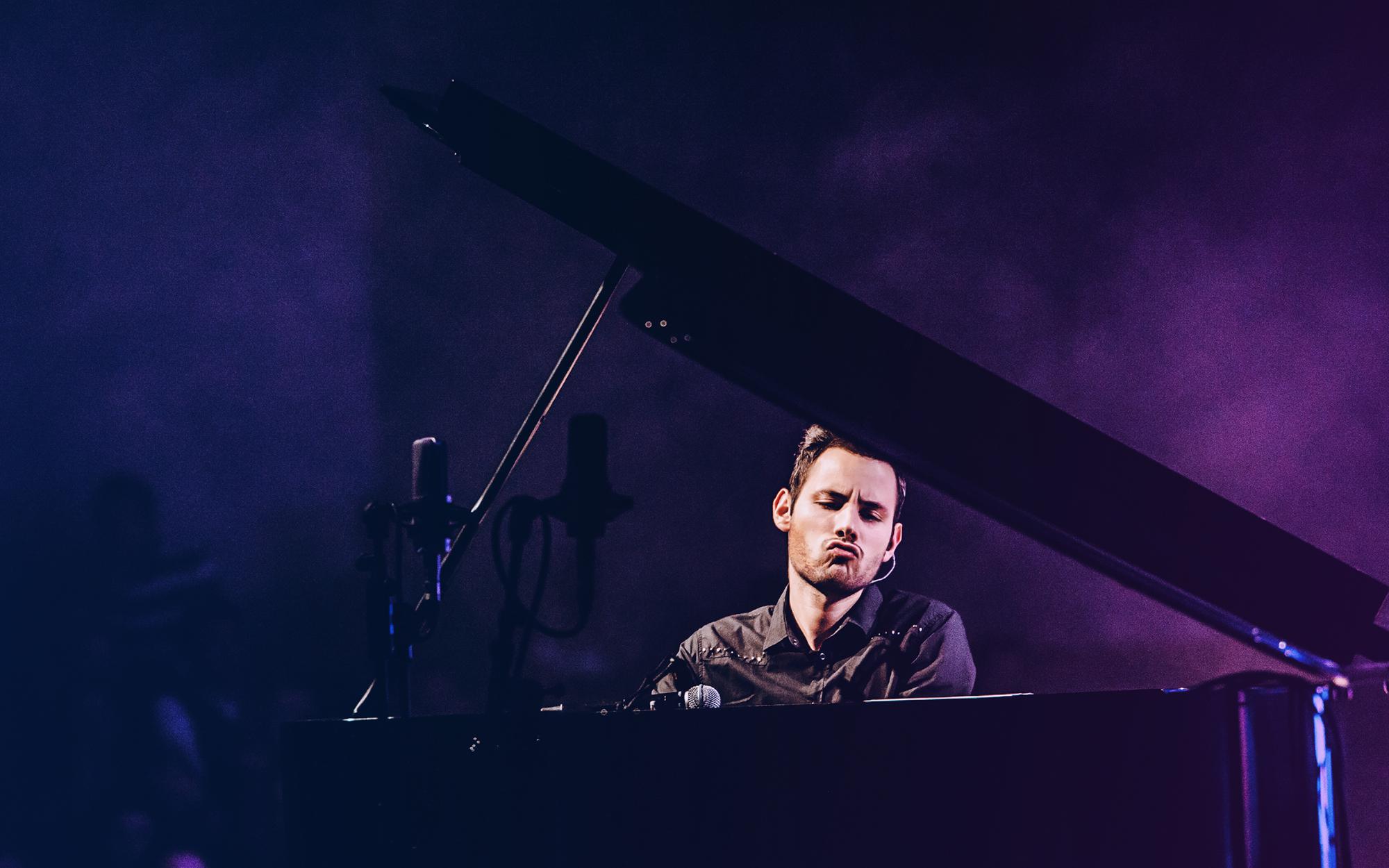 Peter Bence: Gram na fortepianie jak na perkusji!