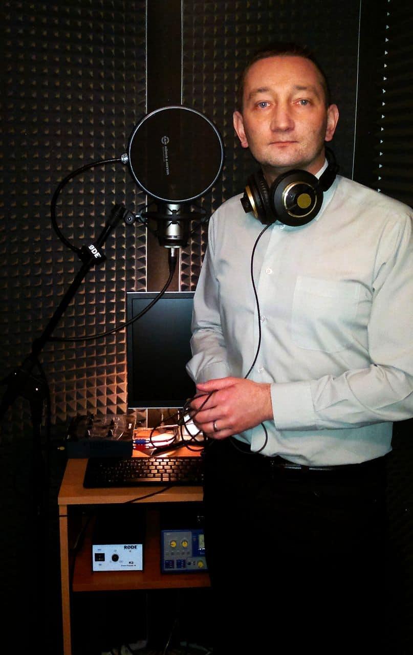 """Paweł Mrowiec: """"Dobry artysta musi mieć świadomość tego, co śpiewa i jak śpiewa"""""""