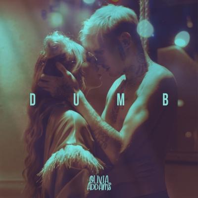 """Olivia Addams prezentuje """"Dumb"""" - świeży powiew na popowej scenie muzycznej!"""